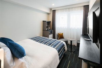 Standard Queen Room (Eco Plan - No Housekeeping service)