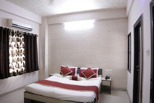 Hotel Amit Palace, Bhilwara