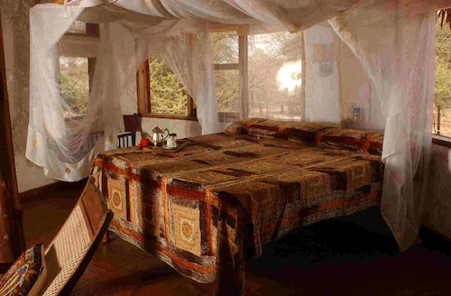 Leopard Rock Lodge, Igembe Central