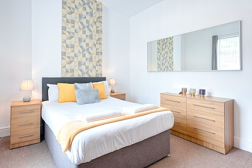 The Liberty Cosy 3 Bed, Swansea