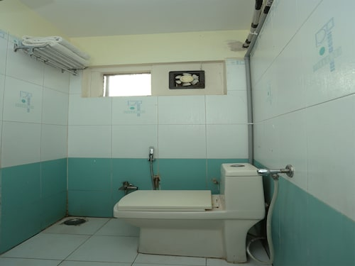 OYO 992 Hotel Jalsa, Bhopal