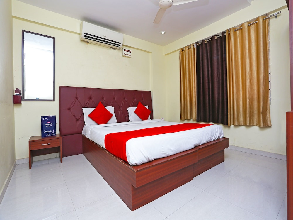 OYO 1405 Hotel Majestic International, Hyderabad
