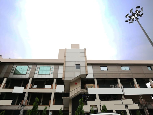 OYO 1732 Hotel The days Inn, Jalandhar