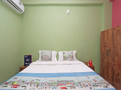 OYO 10337 Hotel Happy Journey, Patna