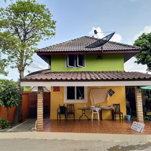 Diamond Village Bangsaray, Sattahip