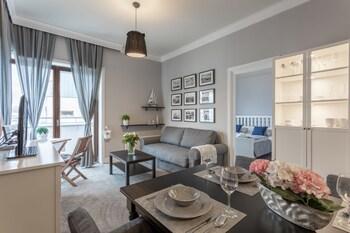 . Ambria Apartments