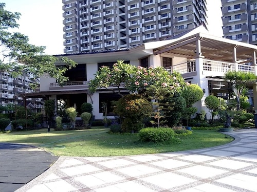 Studio in Acacia Estates BGC, Taguig