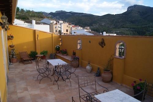 . Casa Pilar