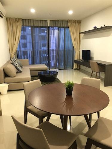 I-Suite I-City B-30-20, Kuala Lumpur