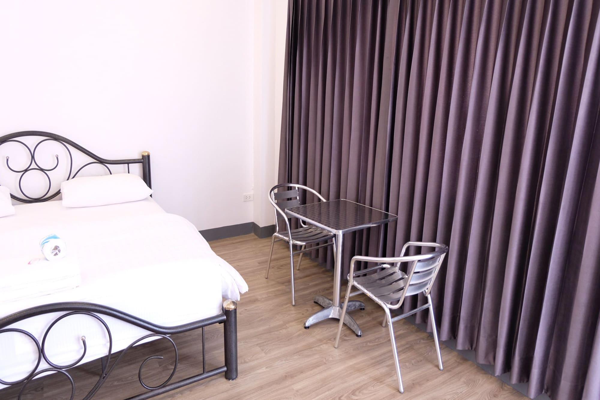 Ai Aroon Apartment, Pulau Phuket