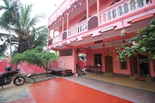 Nallur Holidays Inn, Jaffna