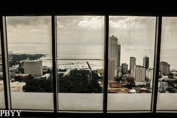 PBYY CONDO RENTAL AT GREEN RESIDENCES Land View from Property