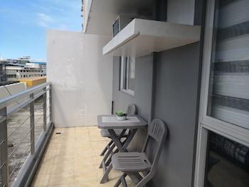 CENTRIO TOWER STUDIO UNIT Balcony