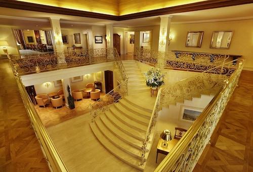 . Colombi Hotel