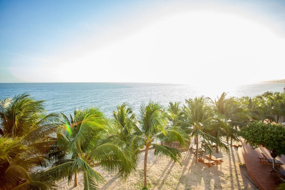 Pacific Beach Resort, Phan Thiết