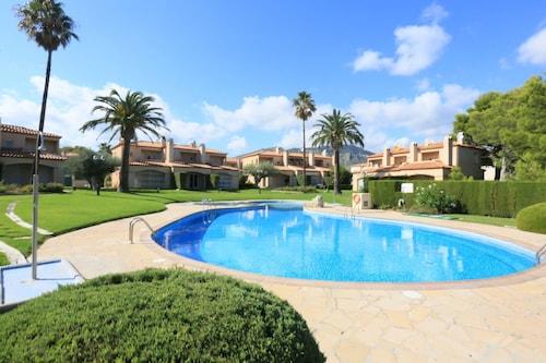 Casa Adosada Para 8 Personas en Miami Playa, Tarragona