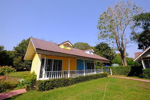 Bo Tree Cottage on The River, Muang Mukdahan