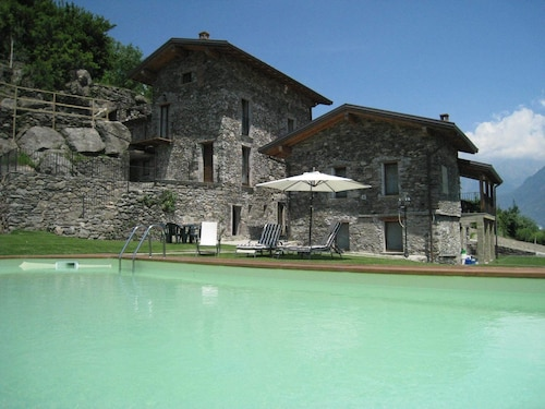 Borgo Erbiola, Lecco