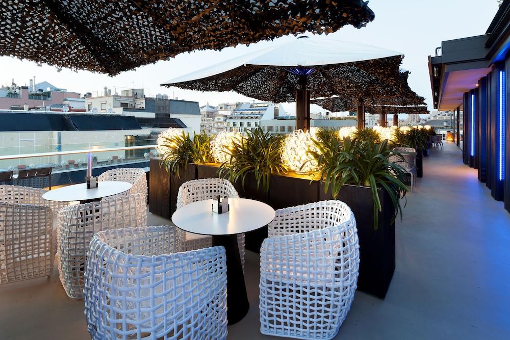 Hotel Condes De Barcelona Qantas Hotels