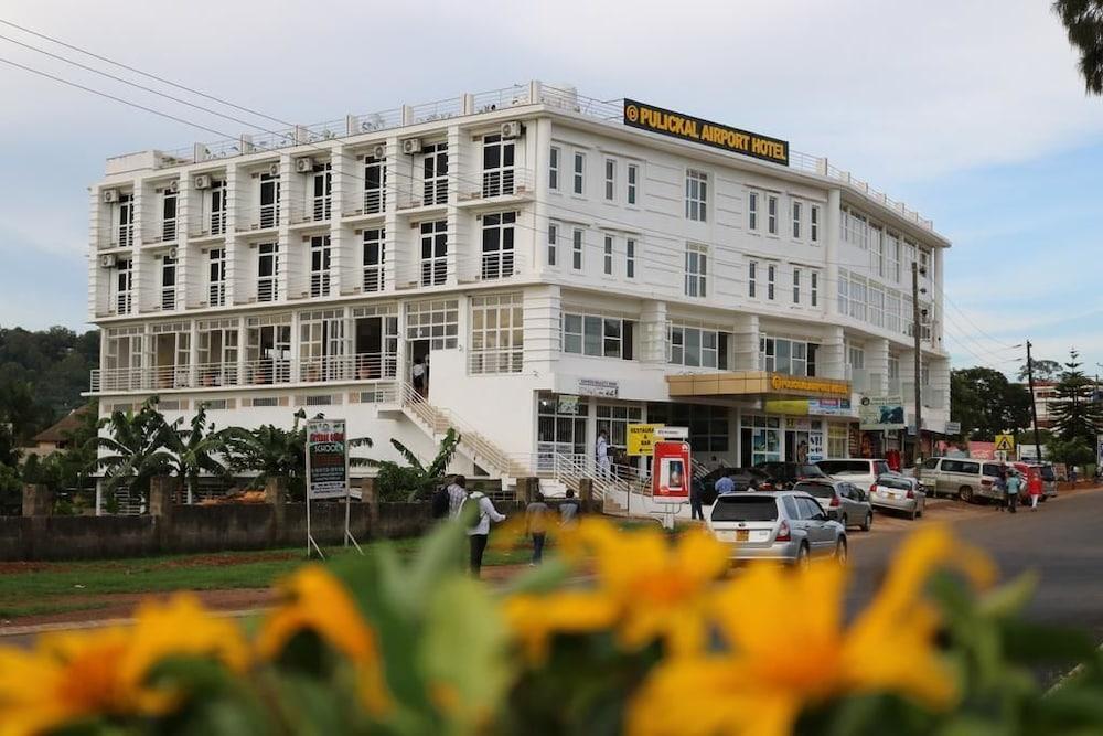 Hotel Pulickal Airport Hotel