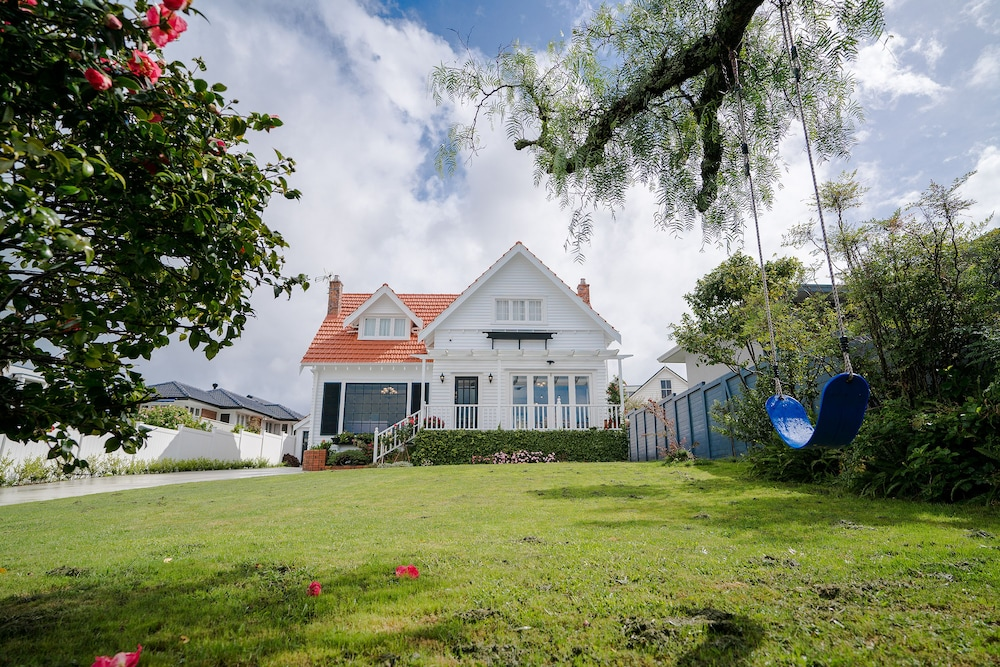 Takapuna Luxury Seview Holiday House