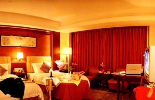 Wuhan Huatian Hotel, Wuhan