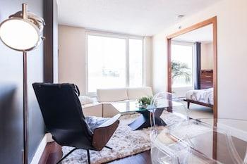 MAKATI REST ROOM Living Area