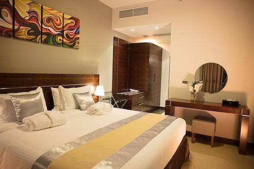 Palmeiras Suite Hotel, Samba