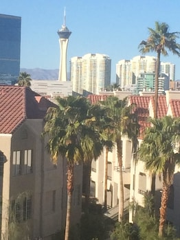 Apartment With 2 Bedrooms in Las Vegas, With Wonderful City View photo