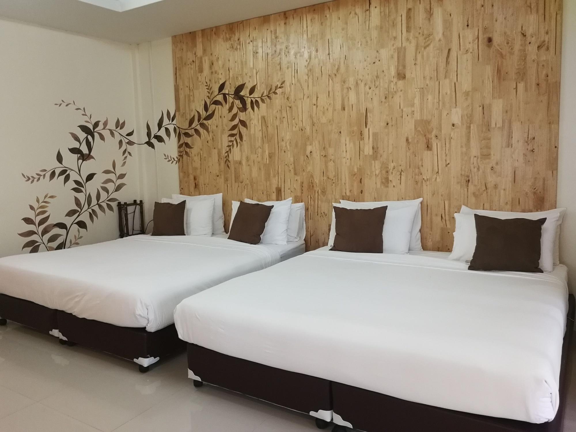 At-Pran Resort, K. Sam Roi Yot