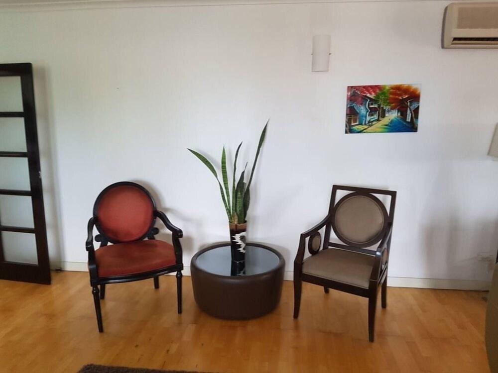 Hibiscus Tabua Villas