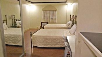 HOTEL GREGORIO Room