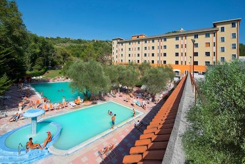 __{offers.Best_flights}__ Albergo Terme Forlenza