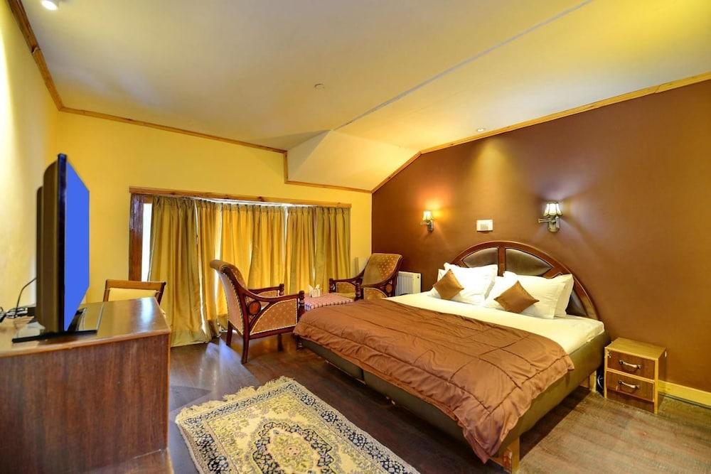 https://i.travelapi.com/hotels/24000000/24000000/23997500/23997468/be422203_z.jpg