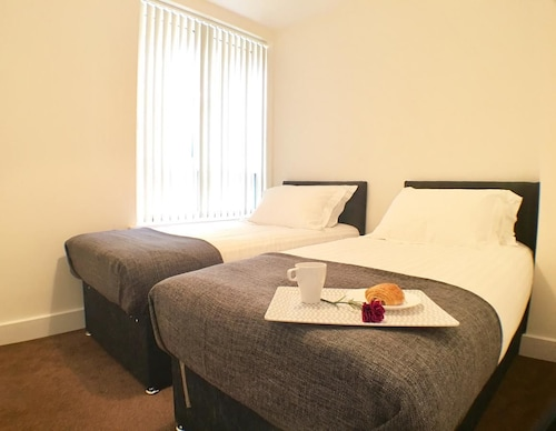 Luxurious Shelley House Apartment, Windsor and Maidenhead
