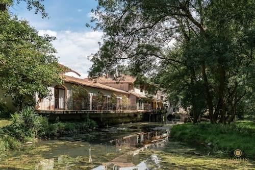 __{offers.Best_flights}__ Hôtel Moulin de Val de Seugne