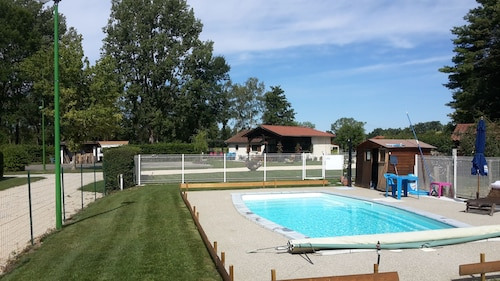 Camping Paradis des Dombes, Ain