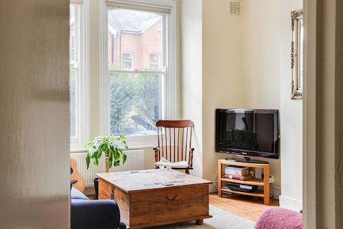 Beautiful 1bed Apartment Next to Brockwell Park, London
