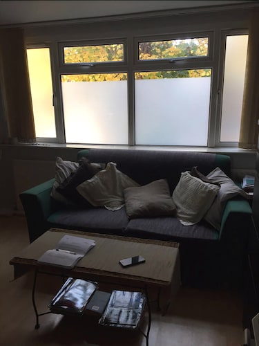 Cosy Self-contained Studio With a Garden View, London