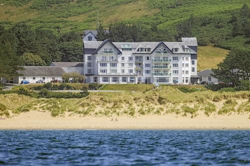 . Trefeddian Hotel