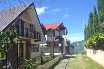 ZYA TRANSIENT HOUSE Exterior