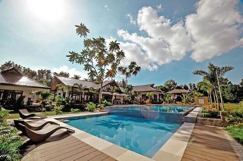 . Rose Villas Resort