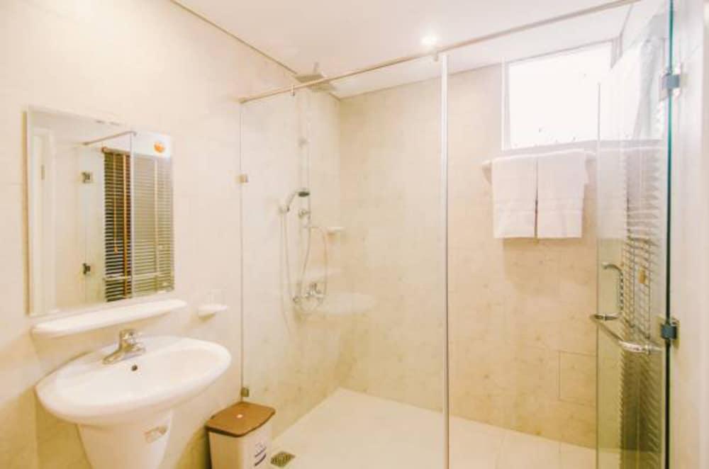 カカ ホテル ハン リバー