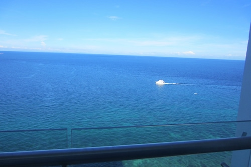 Stunning Ocean View at Arterra Bay, Lapu-Lapu City
