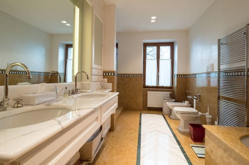 Sangata 4 Bedroom Apartment, Pays-d'Enhaut