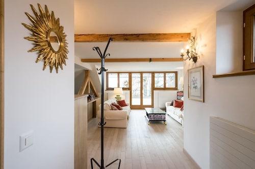Sangata Bellevue 2 Bedroom Apartment, Pays-d'Enhaut