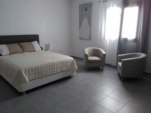 Apartment With 2 Bedrooms in Saint-pierre, With Pool Access, Terrace a, Saint-Pierre