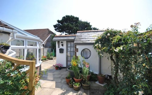 Rose Cottage, Selsey 76574, West Sussex