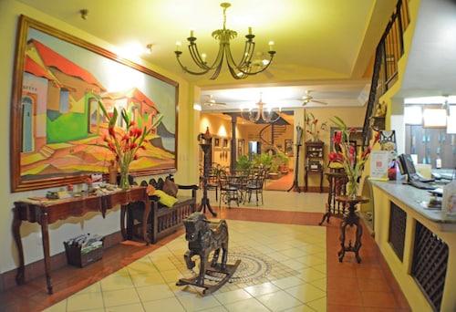 . HOTEL LOS BALCONES DE CHINANDEGA
