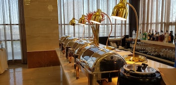 ONE CENTRAL HOTEL Buffet